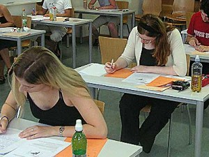 Υποστήριξη των Εφήβων κατά την περίοδο των Εξετάσεων